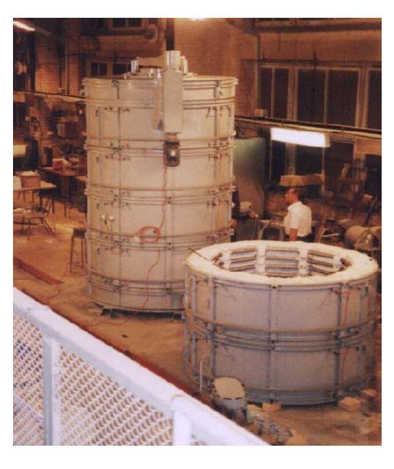 Для Ивановского завода расточных станков спроектирована и изготовлена шахтная электропечь для термообработки шпинделей металлорежущих станков длиной до 3 м